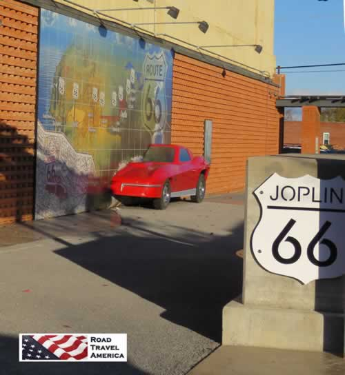 Joplin, Missouri, Route 66 Mural ... with the red Corvette