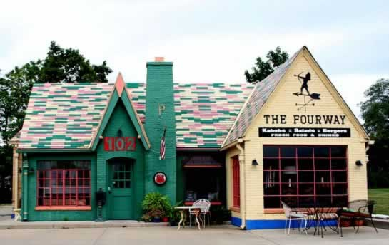 The FourWay restaurant on Historic Route 66 in Cuba, Missouri